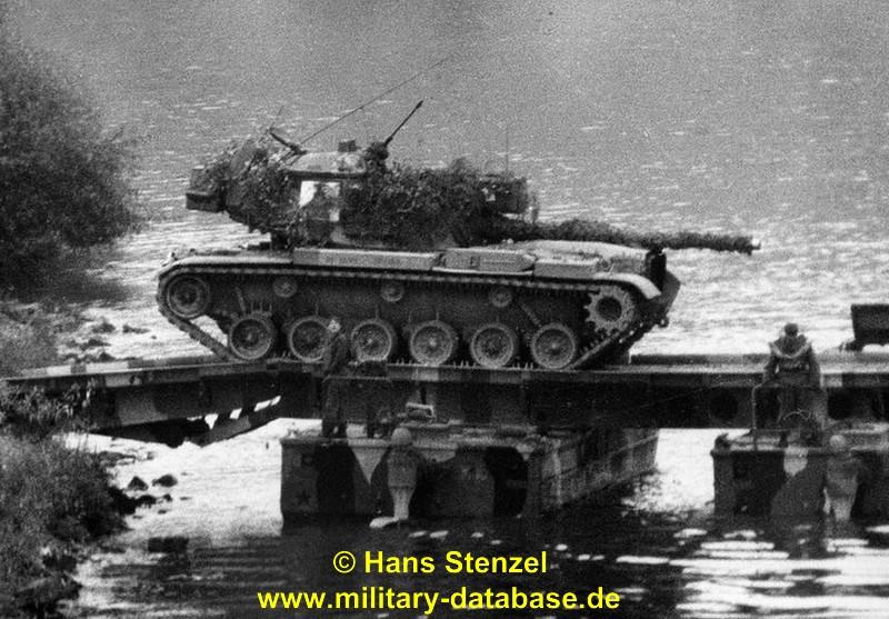 1975-certain-trek-stenzel-01