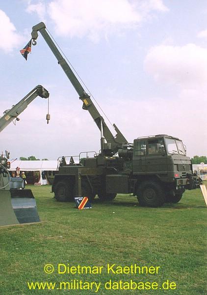 comp_1999-royal-army-summer-show-10tshs