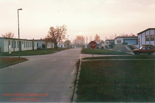 1984-view-towards-main-gate-in-the-distance