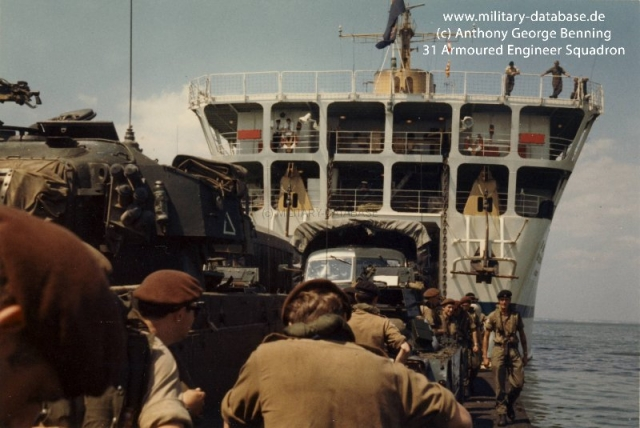 1971-beach-landing-exercise-001