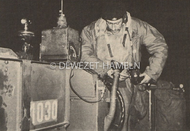 1971_09_24-dwz-forefront-6-007