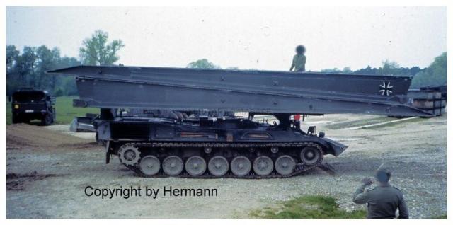 1982 - TdoT Pioniere Ingolstadt 15-biber-marschbereit