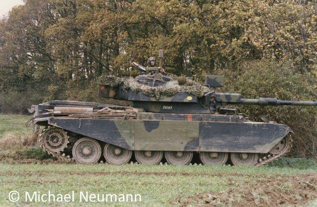 1986_eternal-triangle-neumann00015
