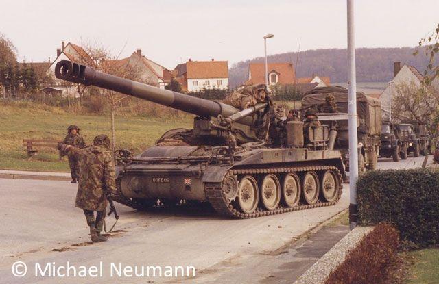 1986_eternal-triangle-neumann00016