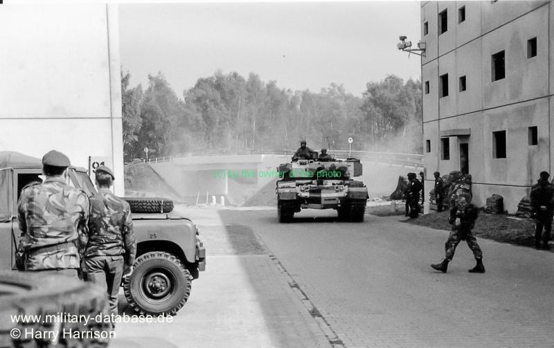 1990-ruhleben-fighting-city-berlin-harry-harrison-205455