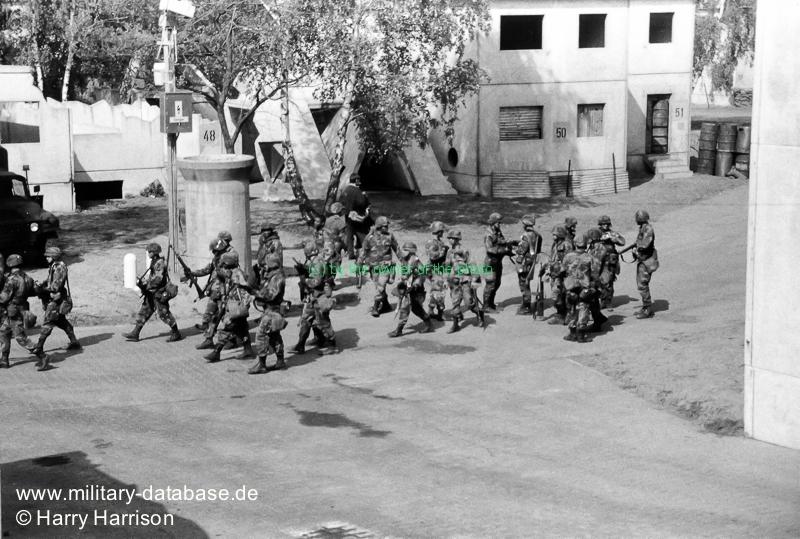 1990-ruhleben-fighting-city-berlin-harry-harrison-205502