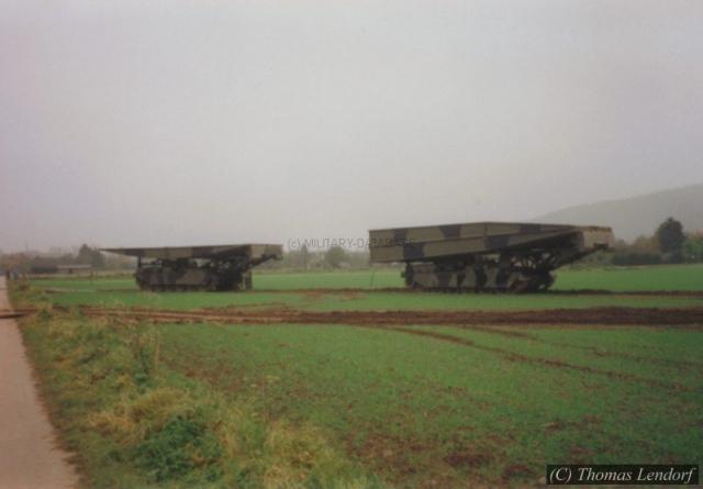 1993_queens-bull-thomas_0004-mildatabasec